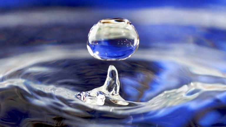 Liquid-Water-Drop-liquid-water-drop-1366x768